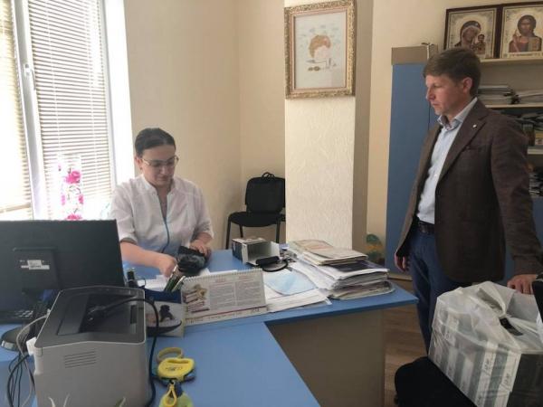 В детской поликлинике города Вишневое появились тонометры (ФОТО ...
